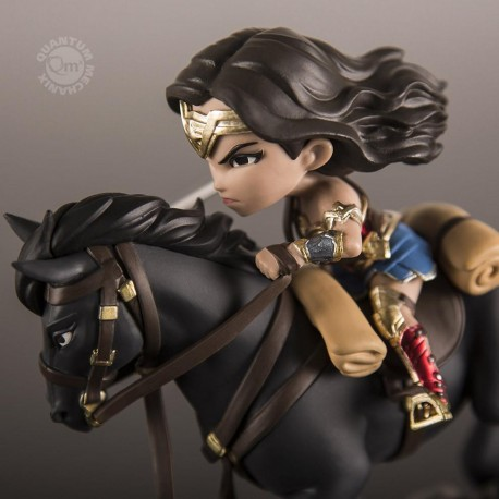 Wonder Woman Q-FigMax QUANTUM MECHANIX